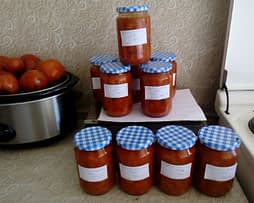 Paprika u paradajz čorbi